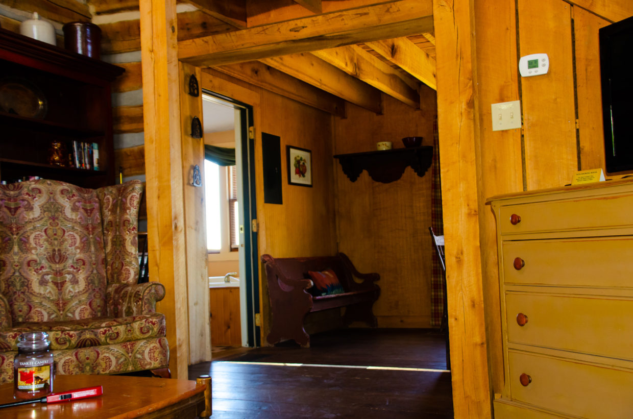 Abe S Cabin And Whippoorwill Suite Tree Top Brown County